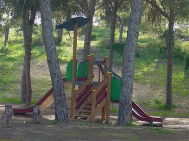 Play area close to Puerto Pinar Apartments