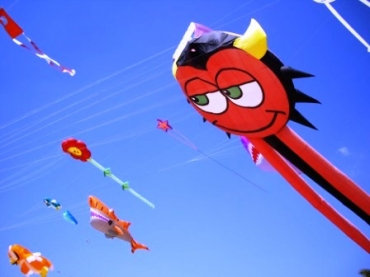 Kites on Alicante Beach